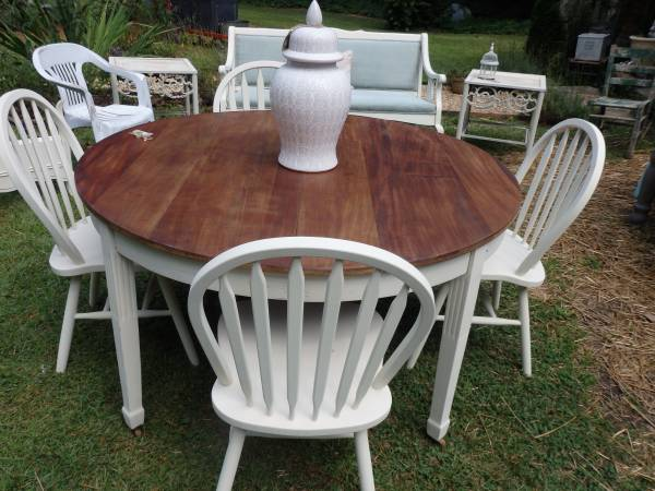 Do 39 s dont 39 s painting furniture with chalk paint milk paint - Restaining kitchen table ...
