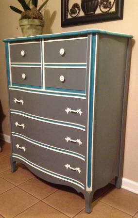DONu0027T Use Too Many Different Colors OR Colors Contrasting Too Greatly . . . Painting  Furniture With Chalk Paint