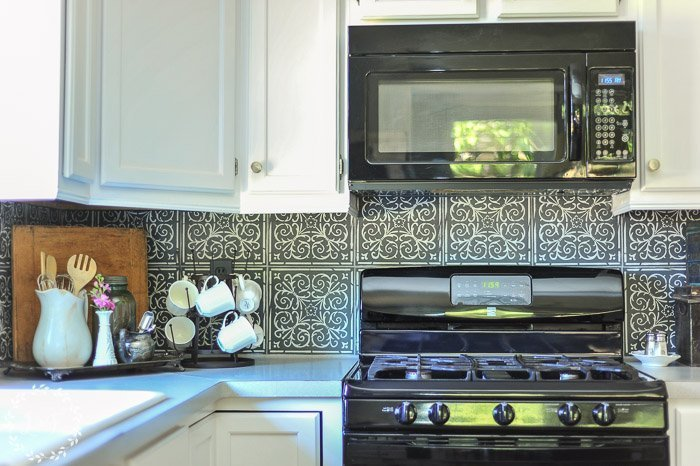 Get a High-End Patterned Tile Backsplash Look with Peel & Stick Tiles | Stenciled Backsplash How-To with Fusion Mineral Paint