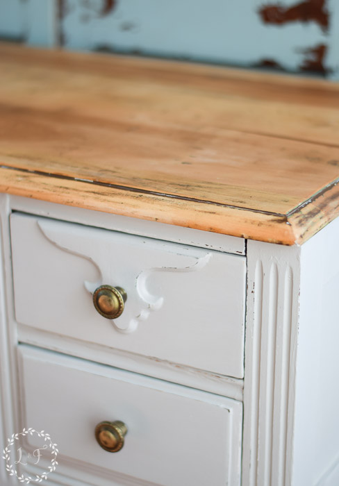 diy-farmhouse-style-desk-makeover-how-to-corner