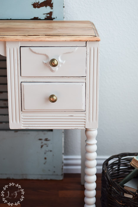 diy-farmhouse-style-desk-makeover-how-to-profile