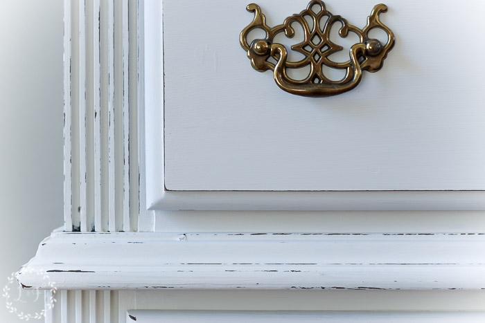 how-to-antique-painted-furniture-glaze-dark-wax